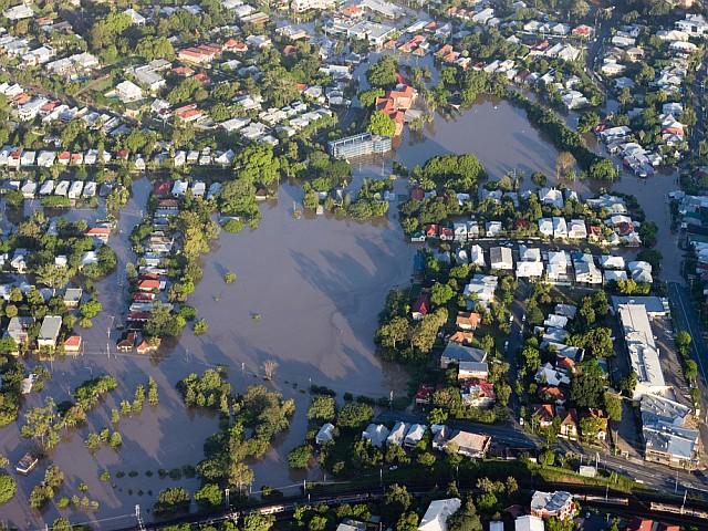 Commercial-Flood-Insurance.jpg